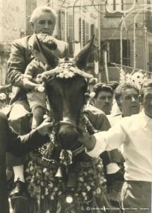 1-Festa-Madonna-del-Monte-La-processione