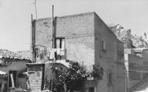 panni stesi, una comune usanza siciliana 1981
